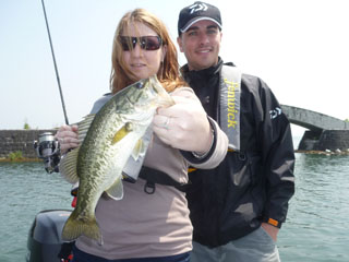 For overseas customers truth guide service lake biwa japan for Best time to go bass fishing